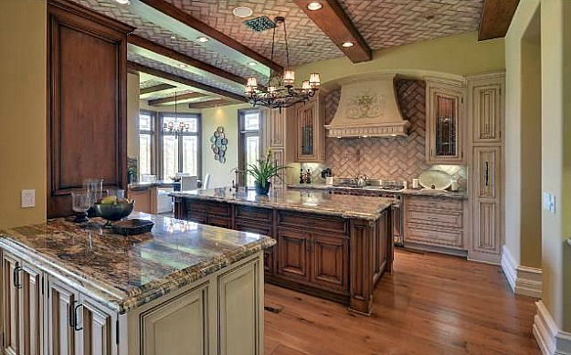 Kim-Kardashians-new-kitchen-Bel-Air